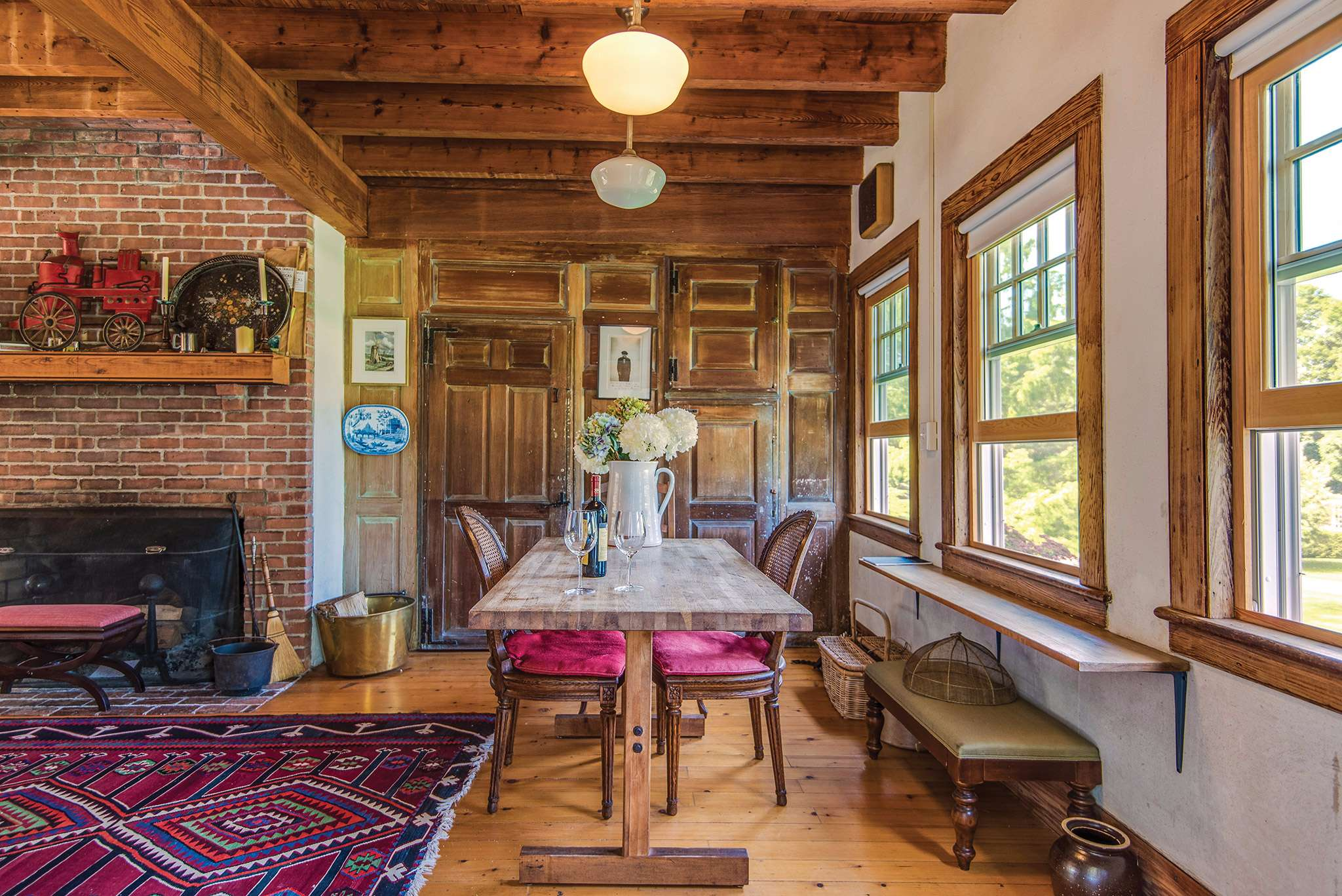 Additional photo for property listing at Antique Sale 35 Georgica Road,  East Hampton, New York